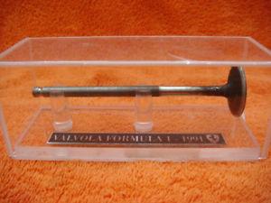 【送料無料】模型車 モデルカー スポーツカーフェラーリフォーミュラバルブferrari formula one valve 1991
