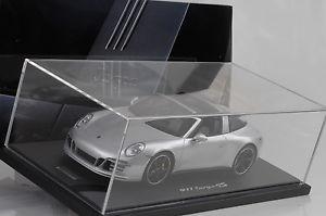 【送料無料】模型車 モデルカー スポーツカーポルシェカレラタルガショーケースグアテマラディーラー2015 porsche 991 carrera targa 4s gb exclusive showcase 118 gt spirit dealer