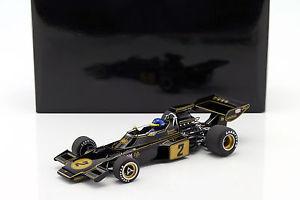 【送料無料】模型車 モデルカー スポーツカーロニーピーターソンロータス#フォーミュラドライバronnie peterson lotus 72e 2 formula 1 1973 with driver figure 118 autoart