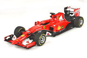 【送料無料】模型車 モデルカー スポーツカーフェラーリベッテルferrari sf15t vettel 118 p18110 bbr