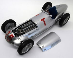 【送料無料】模型車 モデルカー スポーツカースケールメルセデスベンツcmc 118 scale m099 mercedes benz w154 1938 trainingsfahrzeugh gp frankreich