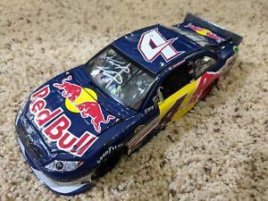 【送料無料】模型車 モデルカー スポーツカーケイシーケインレッドブルエリート2011 kasey kahne red bull elite