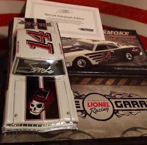 【送料無料】模型車 モデルカー スポーツカートニースチュワートオクタンガレージonly 37 made tony stewart 2012 octane garage 124 chevelle signed smoke auto