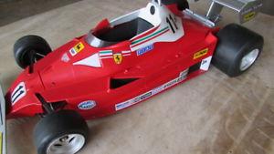 【送料無料】模型車 モデルカー スポーツカーフェラーリレースイタリアラウダ1972 polistil 16 ferrari 312 t2 race car toschi collectible lauda made in italy