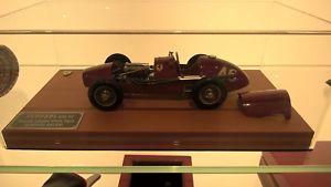 【送料無料】模型車 モデルカー スポーツカースケールモデルフェラーリオリジナルscale model ferrari 124 a ascari limited edition original from parent