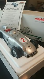 【送料無料】模型車 モデルカー スポーツカーメルセデスベンツレーサー1995 mercedes benz museum racer