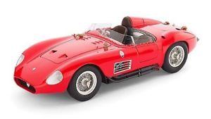 【送料無料】模型車 モデルカー スポーツカーマセラティマセラティレッドモデルjm2121832cmc cmc105 maserati 300s 1956 red 118 model