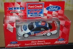 【送料無料】模型車 モデルカー スポーツカークラシックグレンフォードクレジットレーシングファルコンclassic carlectables 143 glenn seton ford credit racing falcon