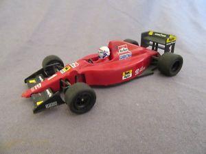 【送料無料】模型車 モデルカー スポーツカーオニキスフェラーリ#プロスト913f onyx ferrari f190 1 prost 143