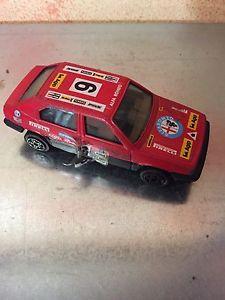 【送料無料】模型車 モデルカー スポーツカーアルファロメオスケールビンテージbburago alfa romeo 33 scale 143 vintage