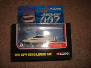【送料無料】模型車 モデルカー スポーツカーコーギーロータスエスプリジェームズボンドデータカードプラスcorgi lotus esprit james bond 007 data cards plus 2 under water