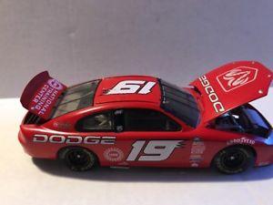 【送料無料】模型車 モデルカー スポーツカーアクション#ダッジショーカーイントレピッドルaction 19 dodge show car 2000 intrepid rt, le 124