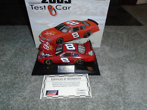 【送料無料】模型車 モデルカー スポーツカーデイルアーンハートジュニア#バドワイザーテストモンテカルロdale earnhardt jr 8 budweiser test car revell nascar 2003 monte carlo 124