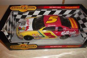 【送料無料】模型車 モデルカー スポーツカーアメリカテリースケールボックスamerican muscle terry lebonte nascar 118 scale in box 1998