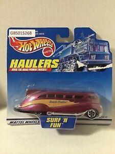 【送料無料】模型車 モデルカー スポーツカーマテルホットホイールシフト#tas030516 2000 mattel hot wheels diecast haulers suft 039;n fun
