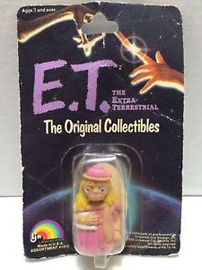 【送料無料】模型車 モデルカー スポーツカーピンクドレスtas000318 1982 ljn et the extra terrestrial figure pink dress