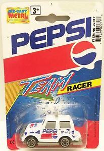 【送料無料】模型車 モデルカー スポーツカーゴールデンホイールペプシチームレーサーtas032968 1993 golden wheel pepsi team racer diecast vehicle