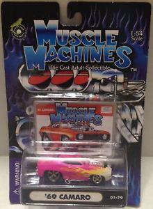 【送料無料】模型車 モデルカー スポーツカーマシン#;カマロピンクtas010204 2001 muscle machines 164 diecast 039;69 camaro pink flames 0179