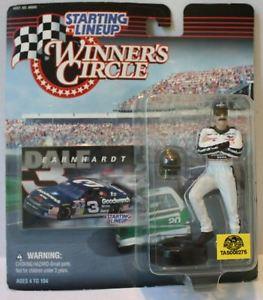 【送料無料】模型車 モデルカー スポーツカーラインナップ#サークルデイルアーンハートtas008275 1997 starting lineup winner039;s circle nascar dale earnhardt