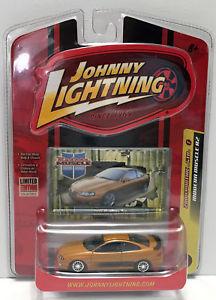 【送料無料】模型車 モデルカー スポーツカージョニーモダンポンティアックtas033813 2007 johnny lightning modern muscle car 2004 pontiac gto