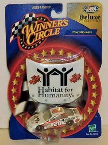 【送料無料】模型車 モデルカー スポーツカートニーホームデポサークルデラックススチュワート#tony stewart 20 habitat for humanity home depot 2000 164 winner circle delux