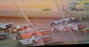 【送料無料】模型車 モデルカー スポーツカーモランクラウンジュエルモデルbloomquist moran 1988 pennsboro eldora crown jewels dirt late model dvds