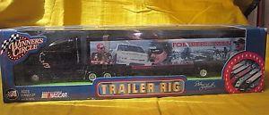 【送料無料】模型車 モデルカー スポーツカー#サークルトレーラーデイルアーンハートボックスwinner039;s circle nascar trailer rig dale earnhardt 164 in box *