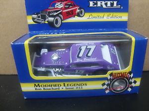 【送料無料】模型車 モデルカー スポーツカーロン#ボブジョンソンピントron bouchard nascar modified legend 17 bob johnson pinto 164 ertl