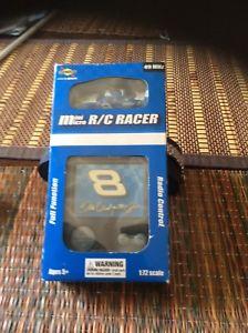 【送料無料】模型車 モデルカー スポーツカーミニマイクロレーサーデイルアーンハートジュニアボックスラジオnascar mini micro rc racer dale earnhardt jr 8 box radio controlled oreo