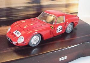 【送料無料】模型車 モデルカー スポーツカーコーギーフェラーリラリー#corgi 143 ferrari 250 rally red ovp 1966