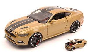 【送料無料】模型車 モデルカー スポーツカーフォードムスタングメタリックゴールドブラックストライプモデル