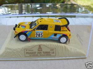 【送料無料】模型車 モデルカー スポーツカーターボプジョーパリダカールturbo peugeot 205 16 paris dakar from 1987 to 143 th
