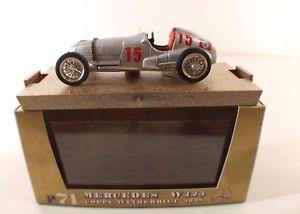 【送料無料】模型車 モデルカー スポーツカーメルセデス#ボックスボックスbrumm r71 mercedes w 125 15 1938 143 boxboxed