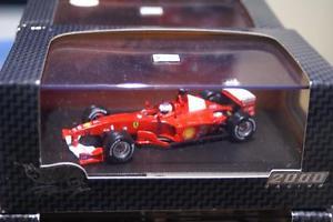 【送料無料】模型車 モデルカー スポーツカーフェラーリバリチェロホットホイールferrari f12000 gp 2000 r barrichello 26749 143 hot wheels