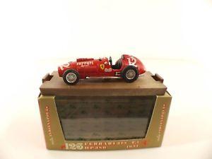【送料無料】模型車 モデルカー スポーツカーフェラーリボックスボックスbrumm r126 ferrari 375 f1 * hp380 1951 * 143 never played in boxboxed