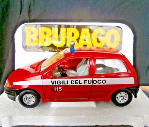 【送料無料】模型車 モデルカー スポーツカーフィアットプントタラ#スケールbburago fiat punto vigili del fuoco cod0117 124 scale bburago fiapunto vigi