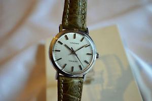 【送料無料】クロックミントビンテージウォッチorologio longines conquest cal 6952 70s mint condition vintage watch