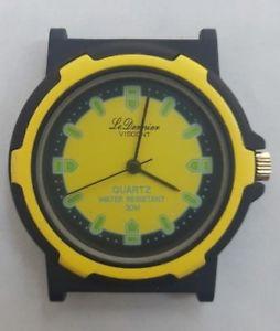 【送料無料】クロックビンテージウォッチorologio viscont le dernier watch quartz vintage anni 80 nos