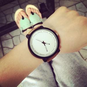 【送料無料】スタイリッシュモダンブラックブラウンホワイトウォッチelegante senza tempo moderno orologio uomo mnneruhr uomo uomini orologio nero bianco marrone