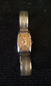 【送料無料】アールデコブレスレットmontre de femme art dco 193040 avec un rare bracelet en maille chrom