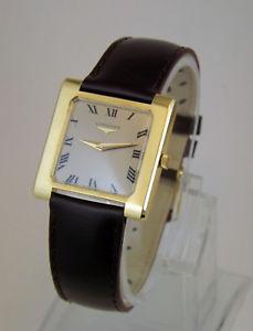 【送料無料】マンスクエアイエローゴールドktゴールドビンテージlongines orologio uomo quadrato oro giallo 18 kt gold wrist vintage anni 70
