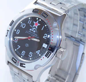 【送料無料】ヴォストークダイバー#タンクベストセラーvostok auto amphibian diver wrist watch 100306 tank boxed uk seller