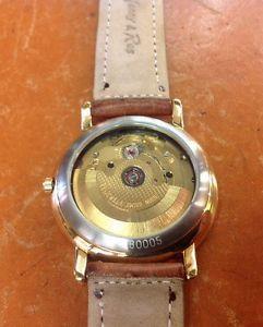 【送料無料】orologio automatico con movimento a vista anni 80