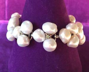 【送料無料】ブレスレット アクセサリ― シルバーパールワイドブレスレット** genuine 925 silver freshwater pearl semi precious gemstone wide bracelet