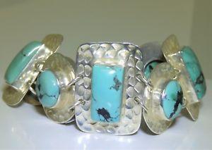 【送料無料】ブレスレット アクセサリ― スターリングシルバーカボションターコイズブレスレットbeaten sterling 925 silver cabochon turquoise statement bracelet