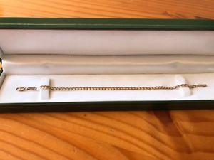 【送料無料】ブレスレット アクセサリ― ブレスレットインチbeautiful 9ct gold curb bracelet stunning length 75 inch free pamp;p