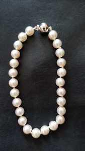 【送料無料】ブレスレット アクセサリ― kホワイトゴールドクラスプホワイトパールブレスレットcultured white pearls bracelet with 18k white gold clasp