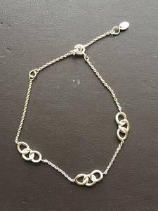 【送料無料】ブレスレット アクセサリ― ロンドンスターリングシルバーロゴシグネチャーブレスレットリンクlinks of london sterling silver three logo signature bracelet 50102837