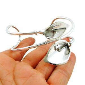 【送料無料】ブレスレット アクセサリ― スターリングシルバーユリカフブレスレットボックスlarge 925 sterling silver calla lily flower cuff bracelet gift boxed