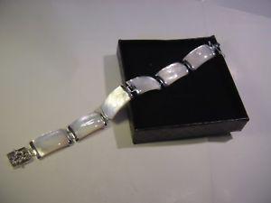 【送料無料】ブレスレット アクセサリ― ソリッドシルバーブレスレットクラスプパールsolid silverstunning braceletchinese clasp amp; massive white lustre mother pearl